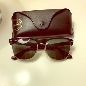 Stylish Wayfarer Ray Ban Sunglasses
